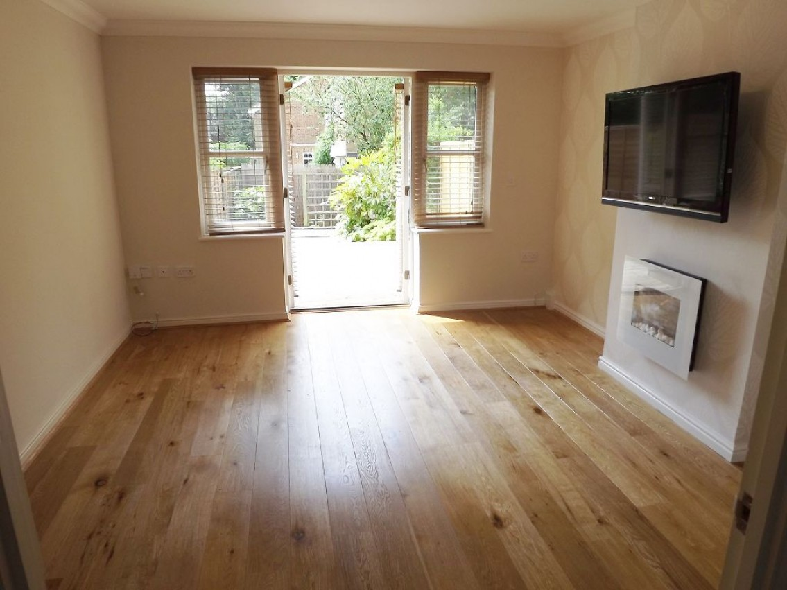 Images for Elm Lawns Close, near station, St Albans EAID:NWAE BID:NWAE