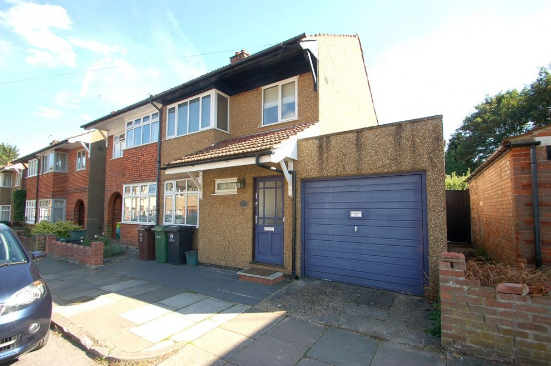 Images for Wynchlands Crescent, AL4 EAID:NWAE BID:NWAE